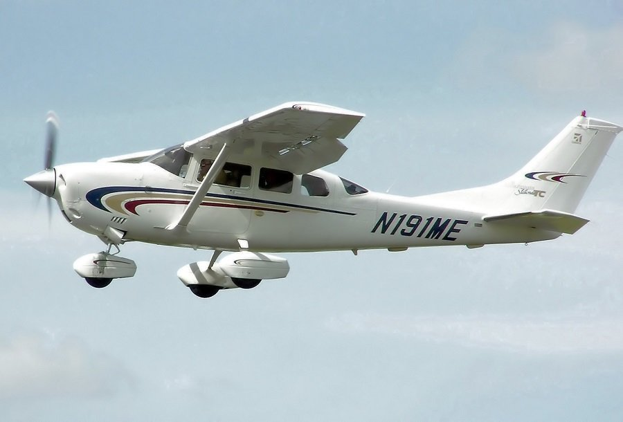 Small Airplane Rentals
